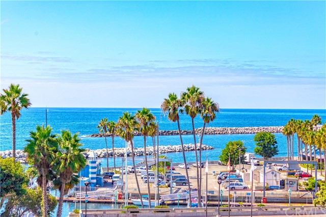 250  The Village, Redondo Beach in Los Angeles County, CA 90277 Home for Sale