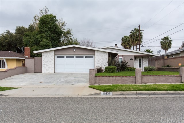 Single Family Home for Rent at 19433 Weiser Avenue Carson, California 90746 United States
