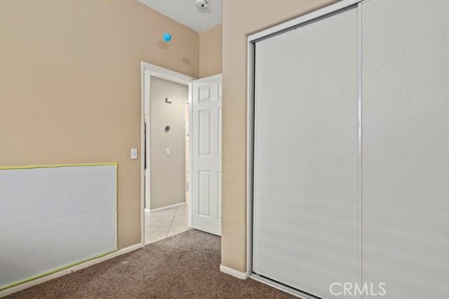 21 Nutwood Avenue, Beaumont CA: http://media.crmls.org/medias/d1a14bef-5435-4b34-8d96-4acb53cbd335.jpg