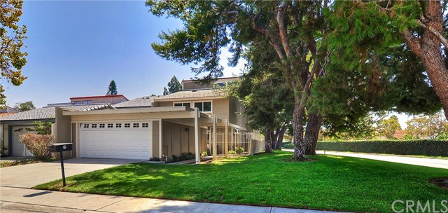Single Family Home for Sale at 21896 Michigan St Lake Forest, California 92630 United States