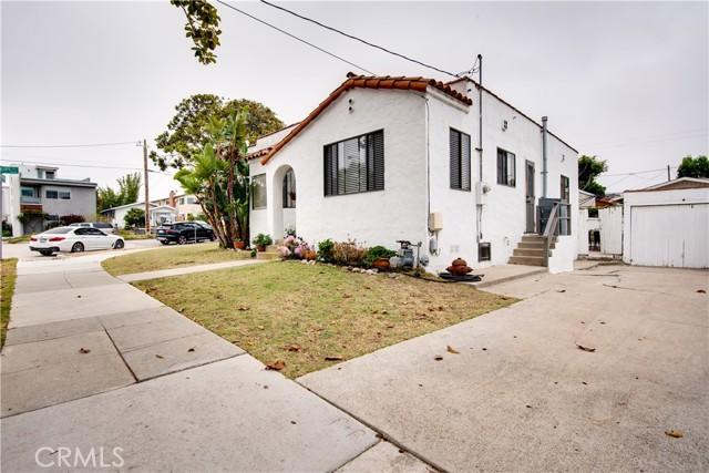 703 -705 El Redondo Avenue, Redondo Beach CA: http://media.crmls.org/medias/d1b3cd49-5404-4416-9ab8-f32732c4ec9a.jpg