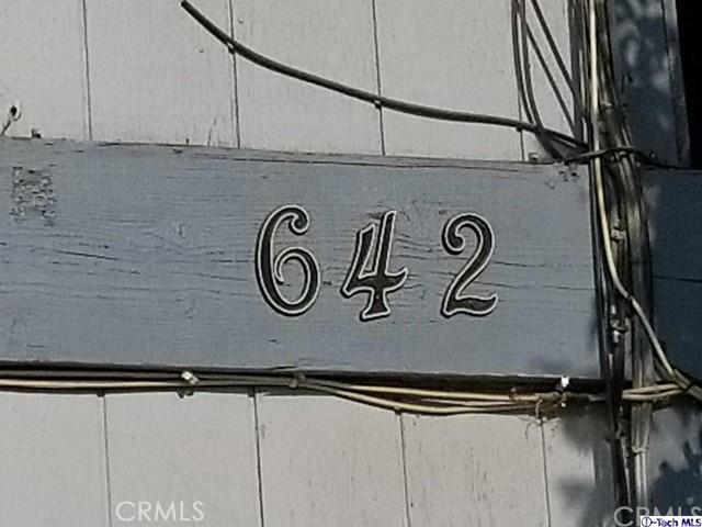 642 E Houston Avenue, Visalia CA: http://media.crmls.org/medias/d1c1b0ee-8bdb-49d0-8fd3-a56d093ca09b.jpg
