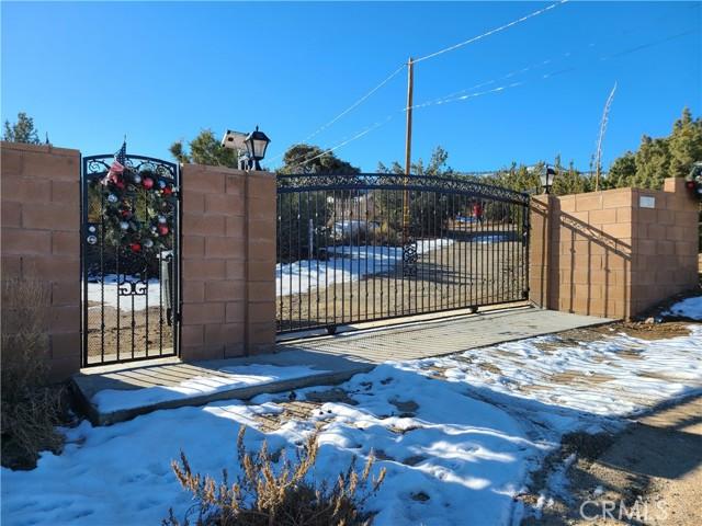 1653 HILLVIEW Road Pinon Hills CA 92372