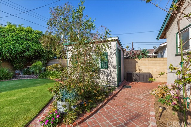 2325 E North Redwood Drive Anaheim, CA 92806 - MLS #: IV18167248