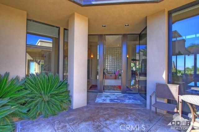 428 Morning Dove, Palm Desert CA: http://media.crmls.org/medias/d1caf65f-3e26-415b-8d51-aee05cd48453.jpg