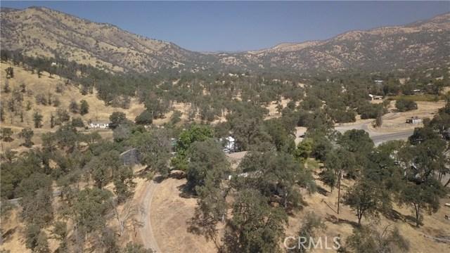 35343 Hopewell Road, Squaw Valley CA: http://media.crmls.org/medias/d1d314ba-390f-4f0e-99e9-9df6bb4d2af2.jpg