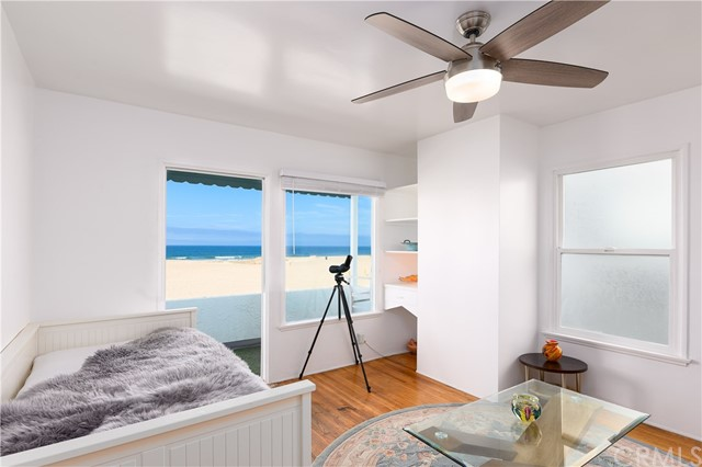 530 The Strand, Hermosa Beach, CA 90254 photo 3