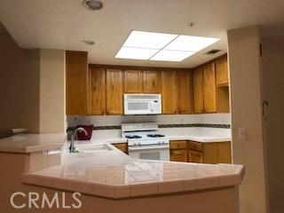 130 Barranca Street, Los Angeles, California 91791, 2 Bedrooms Bedrooms, ,2 BathroomsBathrooms,Condominium,For sale,Barranca,IG20148061