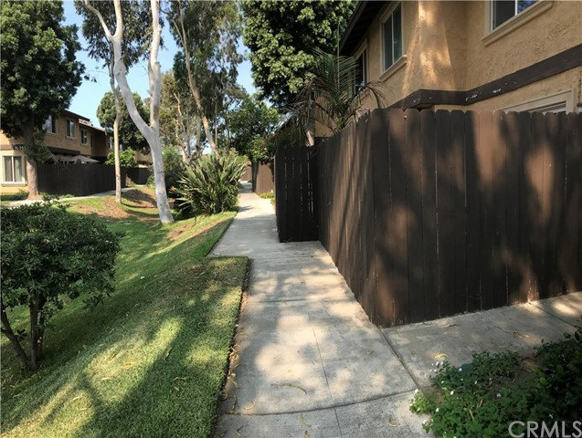 7431 Shadyglade Avenue, North Hollywood CA: http://media.crmls.org/medias/d1f619c8-5e39-47af-abb2-bd1f53fe6f7a.jpg
