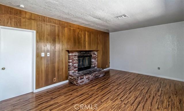 14132 Wimbleton Drive,Victorville,CA 92395, USA