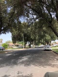 4035 Rees Street, Riverside CA: http://media.crmls.org/medias/d202b1c9-c2ba-42c7-a99c-a20eb805f683.jpg