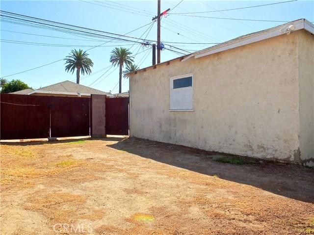 2774 Delta Avenue, Long Beach CA: http://media.crmls.org/medias/d206ed91-8eee-45b3-9757-4e092eef9dd1.jpg