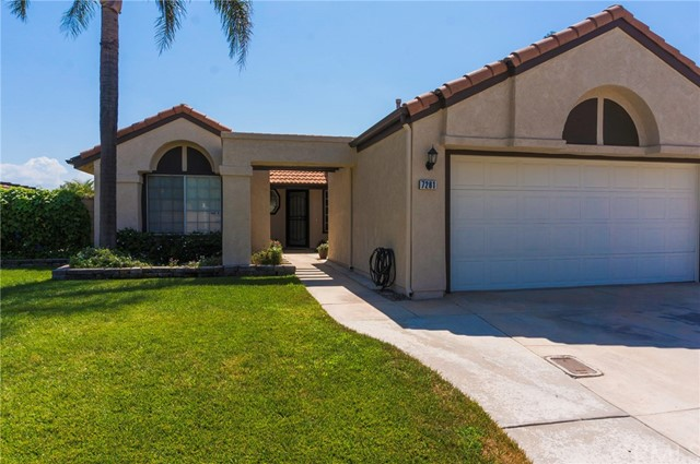 7261 Ginger Avenue, Fontana, CA 92336