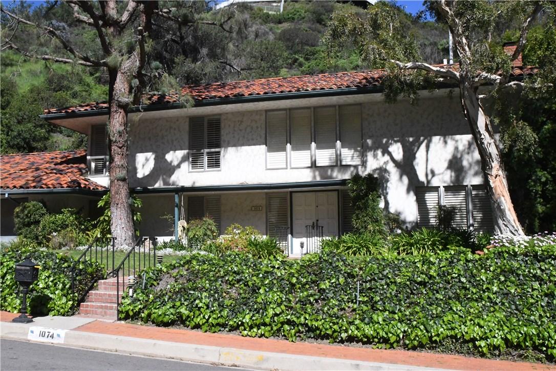 1074 Chantilly Road, Los Angeles, CA 90077