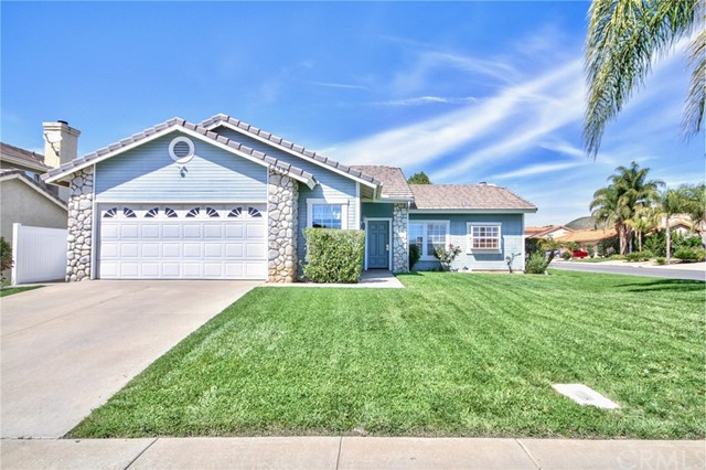 Photo of 22992 Showut Avenue, Wildomar, CA 92595