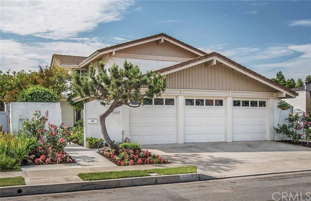 Single Family Home for Sale at 5002 Alcorn St Irvine, California 92603 United States