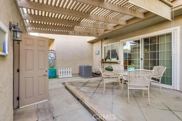 2148 W Churchill Cr, Anaheim, CA 92804 Photo 34