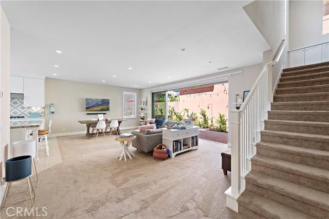 190 Villa Ridge, Irvine CA: http://media.crmls.org/medias/d21b665a-1a48-4790-aefc-d8069de4086e.jpg