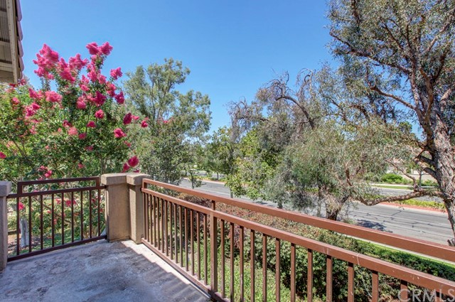 99 Pomelo, Rancho Santa Margarita CA: http://media.crmls.org/medias/d21ef278-f1e5-4377-a221-180e366cf663.jpg