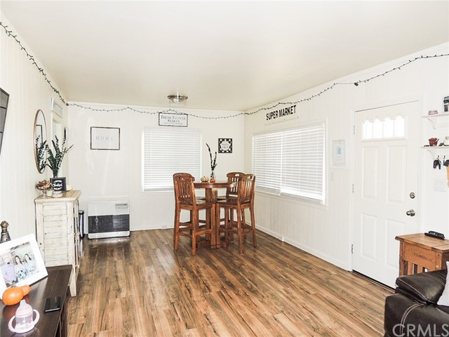 847 Crystal Lake Way, Lakeport CA: http://media.crmls.org/medias/d22e5c08-b378-45d9-8e33-67ddd3801c0c.jpg