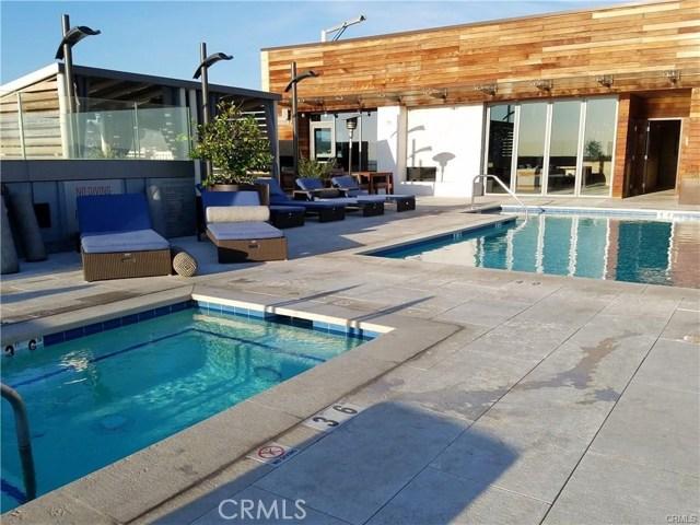 1755 Ocean Avenue, Santa Monica CA: http://media.crmls.org/medias/d23ca06b-a13b-4cf3-84f9-db327ec59add.jpg