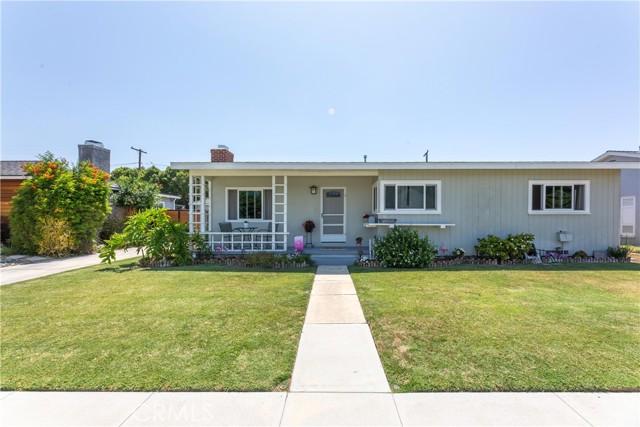 2850 Foreman Avenue, Long Beach CA: http://media.crmls.org/medias/d248b7d0-9693-4a92-b9fc-a1d0439029b2.jpg
