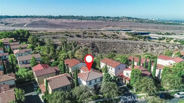 40 Gardenpath, Irvine CA: http://media.crmls.org/medias/d24e237d-0f9c-447e-b3cc-82e32bf65521.jpg