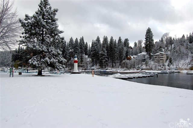 27821 Peninsula Drive # 328 Lake Arrowhead, CA 92352 - MLS #: 217019666DA