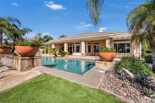 5 Via Bella, Rancho Mirage CA: http://media.crmls.org/medias/d26b0e64-404f-4cca-9182-2ad6e61c2458.jpg