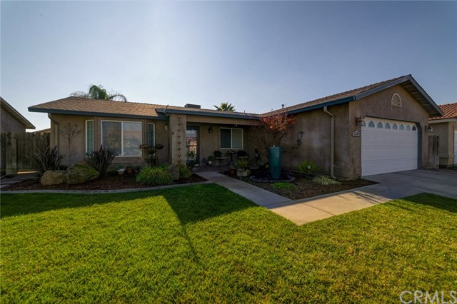 Detail Gallery Image 1 of 1 For 576 Santa Clara St, Merced, CA, 95341 - 3 Beds | 2 Baths