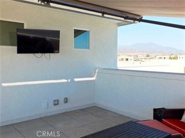 761 Beacon, Irvine CA: http://media.crmls.org/medias/d27826a5-5e26-4bf3-bc02-0da4a02d1e10.jpg