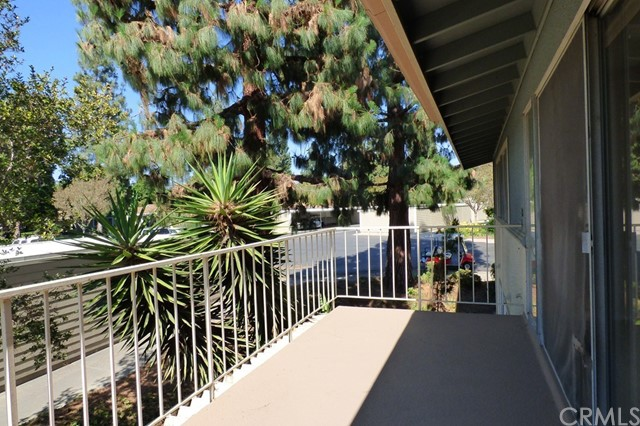 126 Avenida Majorca # T Laguna Woods, CA 92637 - MLS #: OC17139138