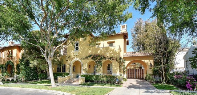 Single Family Home for Sale at 10 Seabluff Newport Beach, California 92660 United States