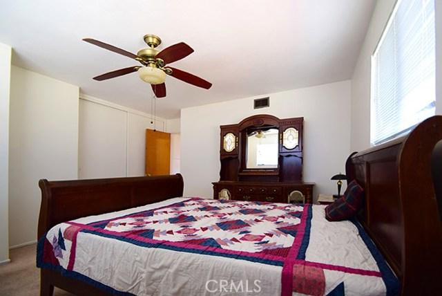 17585 Vine Street, Fontana CA: http://media.crmls.org/medias/d283887c-00af-4bc1-8f11-6d497e80dfa1.jpg