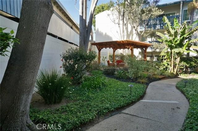 603 S Prospect Avenue, Redondo Beach CA: http://media.crmls.org/medias/d285b1d6-7160-4f20-8b75-ce07726e875e.jpg