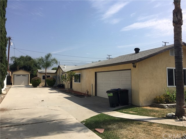 1049 W 3rd Street, Azusa, CA 91702