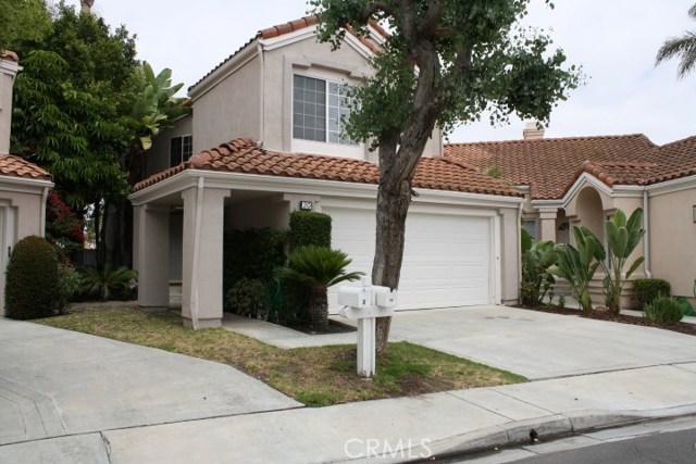 20 Del Azul, Irvine CA: http://media.crmls.org/medias/d2905297-99c2-4c3f-9aee-90dddb0b5bfd.jpg
