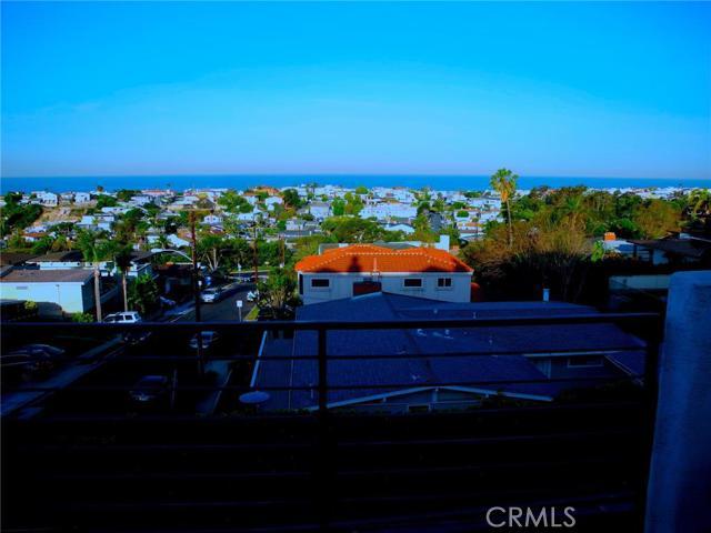 736 Gould Avenue Unit 7, Hermosa Beach CA 90254
