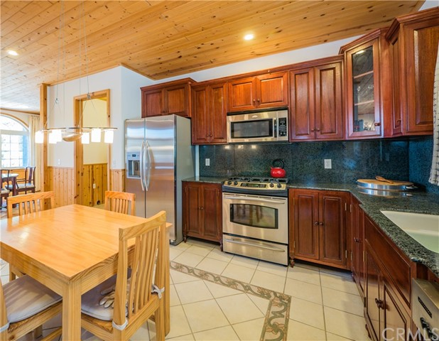 668 Cove Drive Big Bear, CA 92315 - MLS #: PW18031814