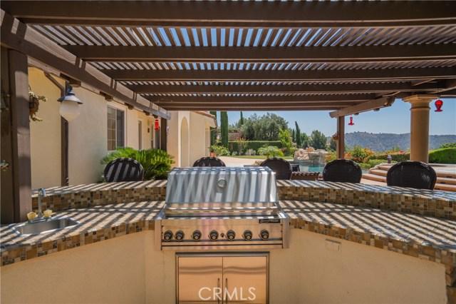16762 Catena Drive, Chino Hills CA: http://media.crmls.org/medias/d2a49396-c5a2-437c-ab4d-6a8426a2385b.jpg