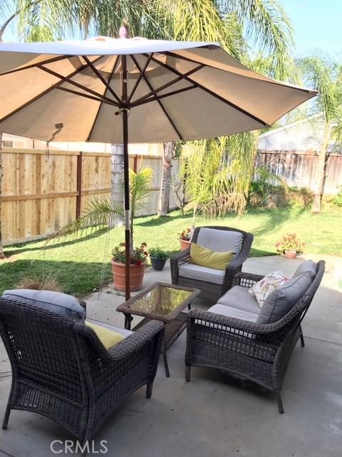 140 W Pioneer Avenue, Redlands CA: http://media.crmls.org/medias/d2a880b4-9869-4d56-b5ab-7acb791f6e93.jpg
