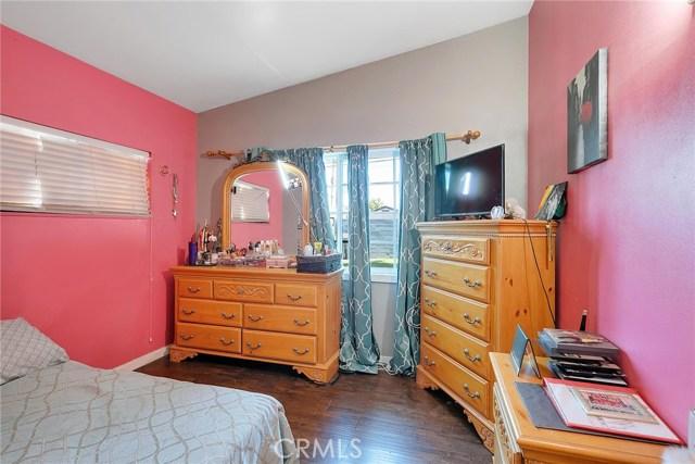 508 Sunkist Avenue, La Puente CA: http://media.crmls.org/medias/d2b1f6f6-3100-4a1d-a381-adfa2c770bef.jpg