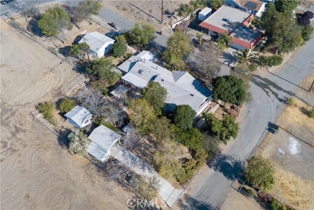 23391 Utah Street, Menifee CA: http://media.crmls.org/medias/d2b94652-d7a7-4d4a-8310-51050acf8b4d.jpg