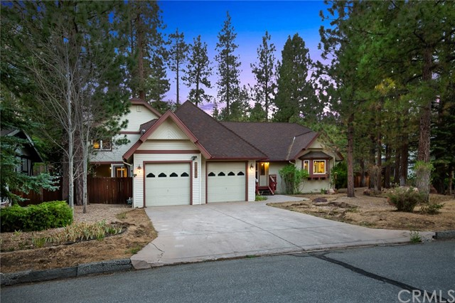 42355 Heavenly Valley Road, Big Bear CA: http://media.crmls.org/medias/d2c428d7-ab98-4bcb-837a-d2c94b01ff01.jpg