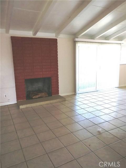 1024 N Orange Blossom Avenue, La Puente CA: http://media.crmls.org/medias/d2c520b7-735f-4cf9-aafe-1a060abea1cf.jpg