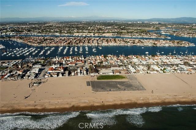 1414 W Oceanfront, Newport Beach CA: http://media.crmls.org/medias/d2daeebc-a58a-4b3b-a6e4-10764bd0208c.jpg