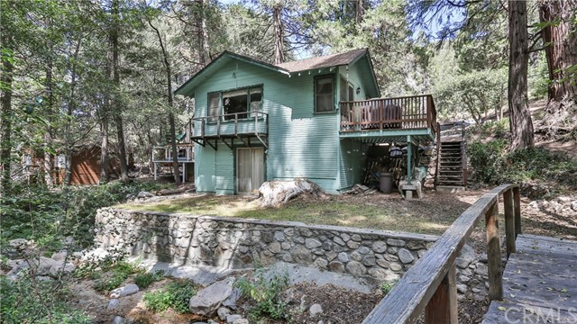 208 S Dart Canyon Road Crestline, CA 92325 - MLS #: EV17208690