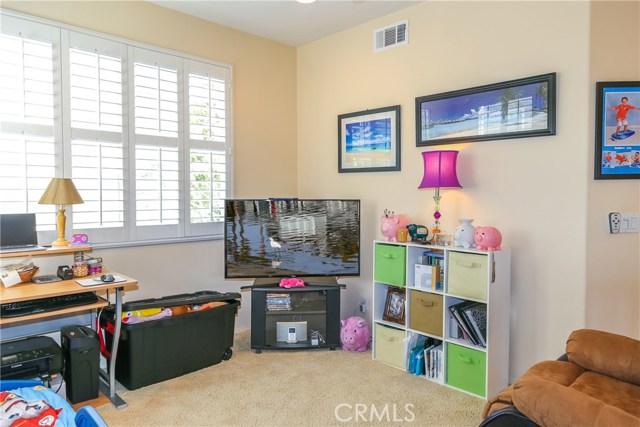 18611 Park Ridge Lane, Huntington Beach CA: http://media.crmls.org/medias/d2eac9b8-857b-431c-a666-741b1aa27851.jpg