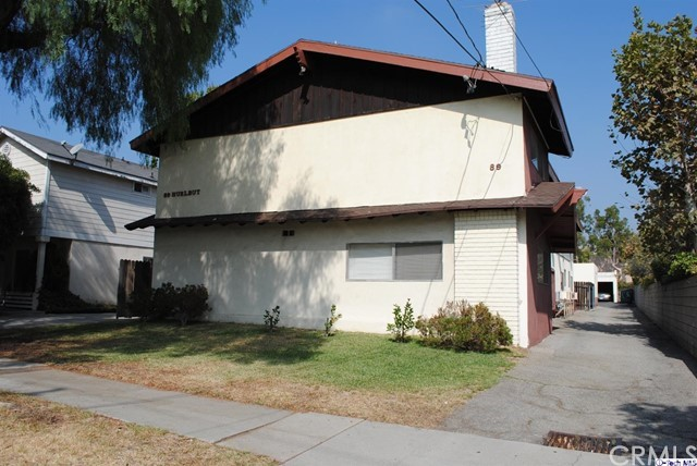 Single Family for Sale at 89 Hurlbut Street Pasadena, California 91105 United States