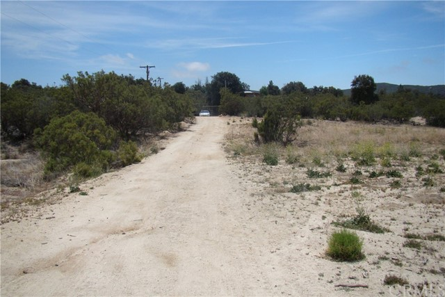 29812 Old Mitchell Camp Road, Warner Springs CA: http://media.crmls.org/medias/d2efebbb-1259-4841-8269-2bbb8dc186e8.jpg